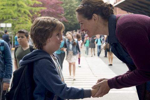 映画「ワンダー 君は太陽」ジェイコブ・トレンブレイ、ジュリア・ロバーツ