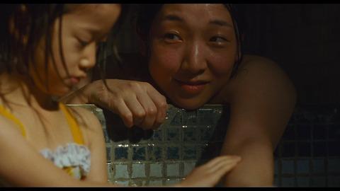映画「万引き家族」安藤サクラ
