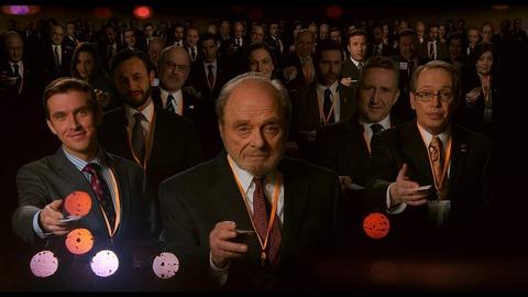 映画「嘘はフィクサーのはじまり」ダン・スティーヴンス