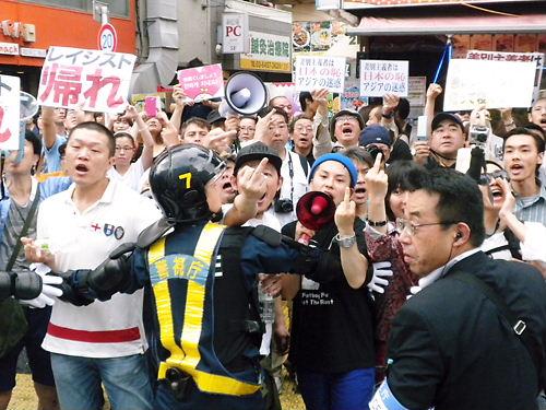 逆に、在日って一体何をしでかしたからここまで日本人から嫌われるようになったの?  [989661427]YouTube動画>6本 ->画像>34枚