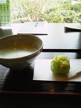 【Caplio R6】お抹茶と茶菓子