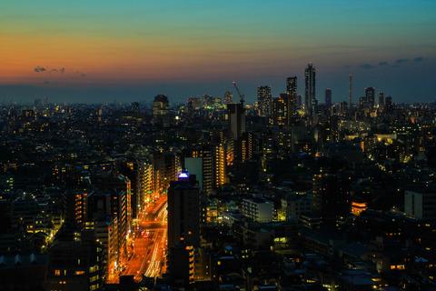 20130302-IMG_2090展示会用写真 「夕暮れ迫る都市」