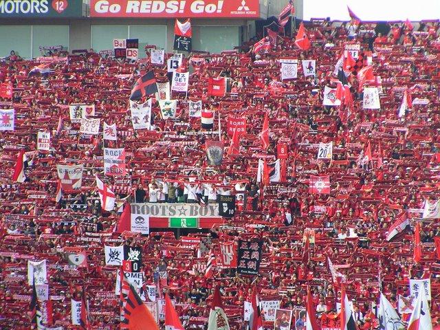 横断幕・旗が禁止になった今日の浦和客席 これ見てどう思う