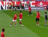 2007年04月21日浦和レッズ対川崎フロンターレでの浦和選手の練習風景
