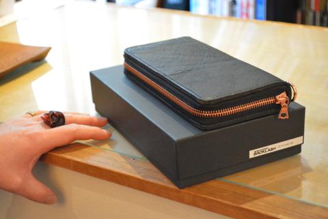 イサムカタヤマバックラッシュ 財布 ダブルショルダー 318-29