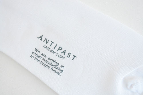 アンティパスト 靴下