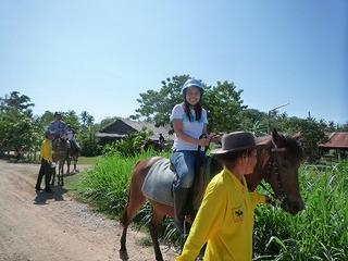プーケット 乗馬 タイ 観光ツアー オプショナル