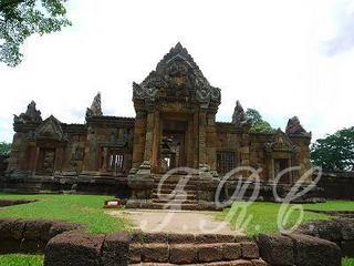 タイ パノムルン遺跡 バンコク タニヤ 夜遊び