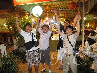 プーケットナイト夜遊びパトンビーチナイトツアー