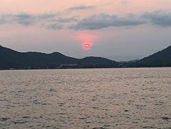 fish_resort-190314-051