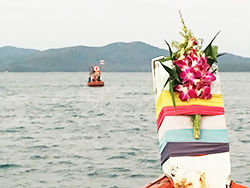 fish_resort-190314-041