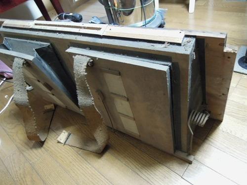 オルガン修理と鍵箱 001