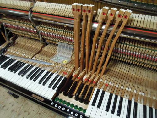 野村さまのピアノ 002