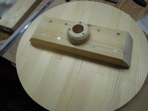 ピン打ち込みとテーブル製作 005