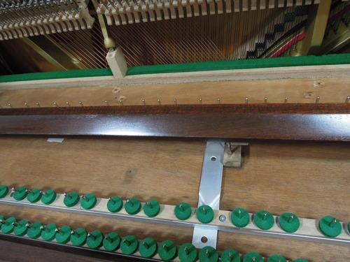 佐藤さんのピアノの塗装 004