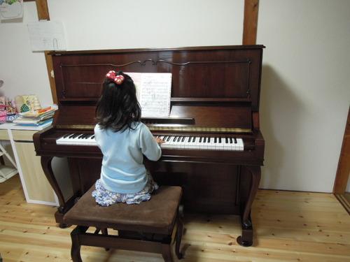 Sさんのピアノ 004
