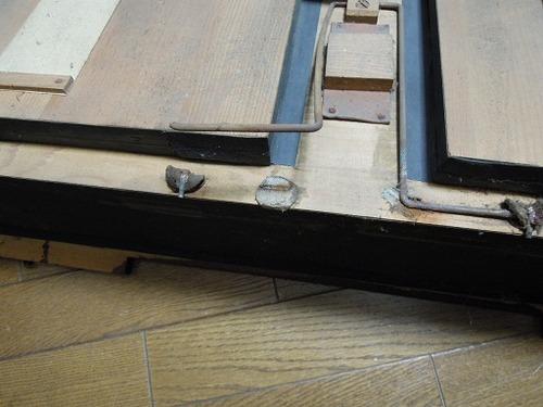 オルガン修理と鍵箱 002