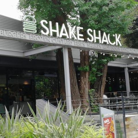 SHAKE SHACK 外苑001