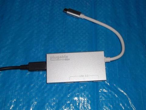 USBC-HUB3PにNintendo SwitchのACアダプタを接続する