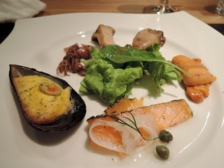 牡蠣、雲丹、サーモン、エリンギ