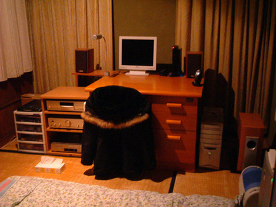 部屋とディスプレイ1