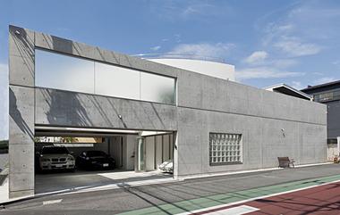 デザイン性の高い家2
