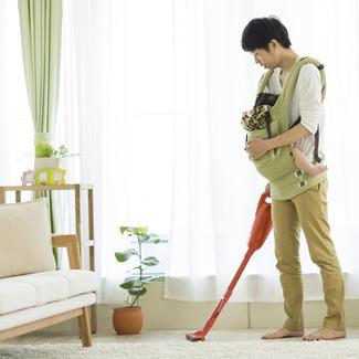 家事をする夫