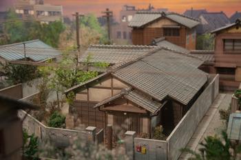 サザエさんの家の模型