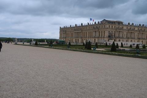 Versailles205A前庭と宮殿遠景