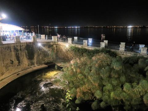 オルティージャアレトゥーザ泉の夜補正Sep2018 (2)