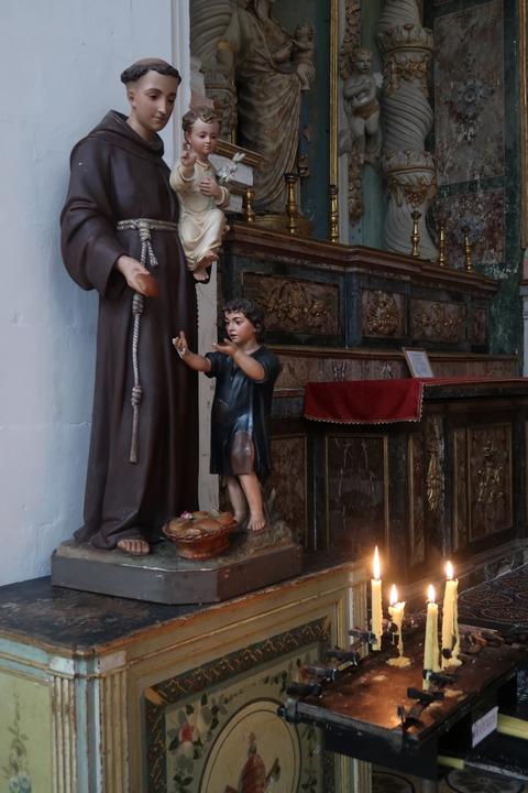 モディカSピエトロの穏やかな彫像Sep2018