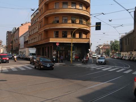 マルゲラ通とヴェルチェリを見渡す交差点とCONBIPELSep2018