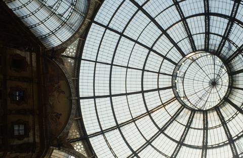 198808ミラノガレリアガラス天井