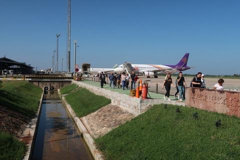 0013シエムリアップ空港到着風景