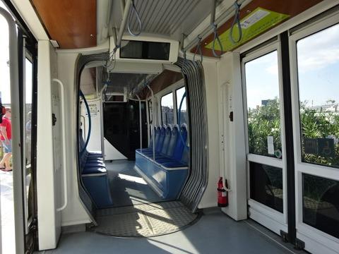 アテネTR車内2015