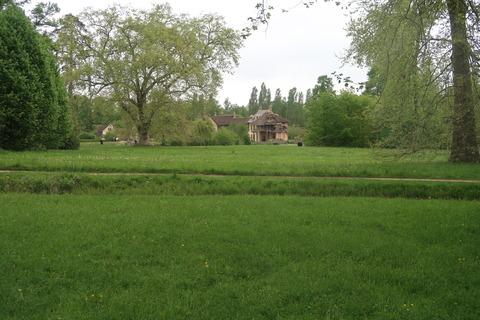 VersaillesPetit Trianon431遠くにアモー見えて