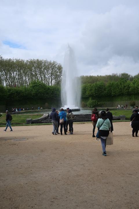 Versailles236Bオベリスクの噴水遠景