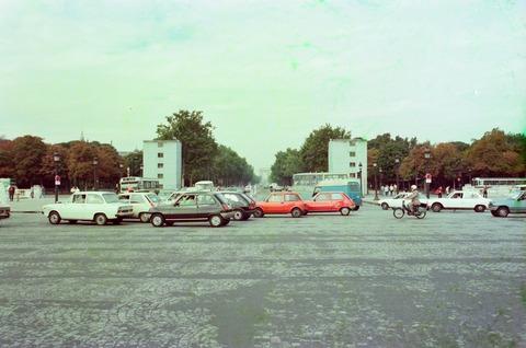 コンコルド広場より凱旋門方面少し工事中1980年9月