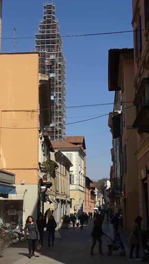 パヴィア旧市街の塔のある風景2018