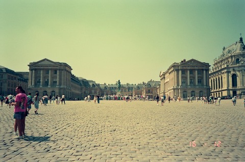 Versailles103E正面全景むかし199007