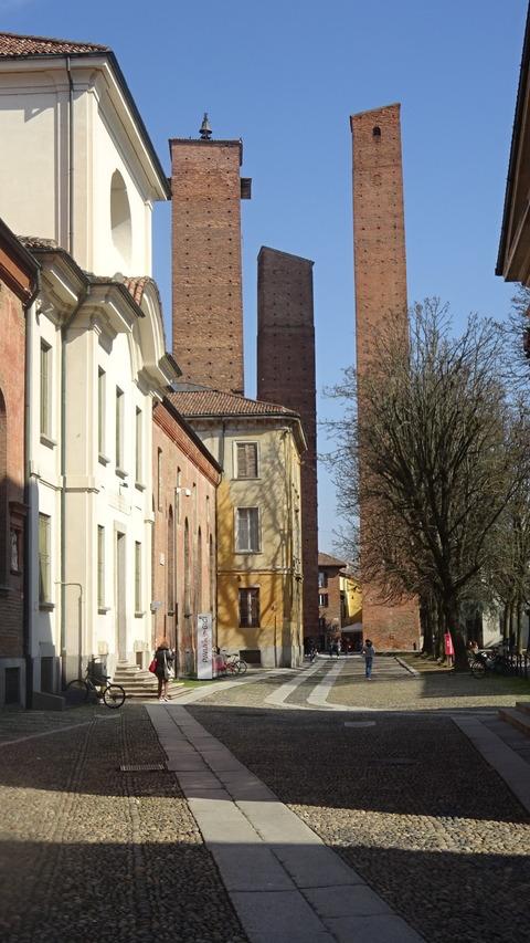 パヴィア大学の三本の塔2018