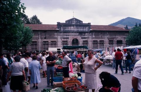 バルマセダ町の中心部198708 (1)