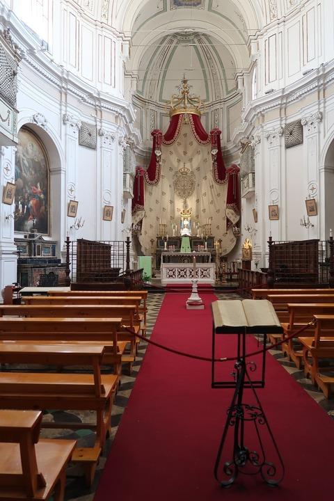ラグーザイブラのサンジュゼッペ教会祭壇 (1)