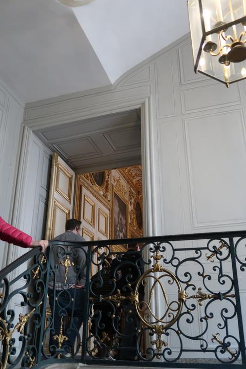 Versailles107A王の私室へ階段昇る428