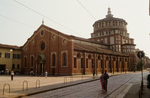 198808ミラノSMDグラツェ教会と最後の晩餐修復前 (1)