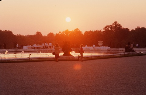 Versailles210A夕陽に映える正面の噴水198609