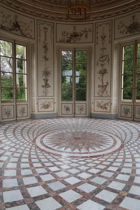 VersaillesPetit Trianon445ベルベデーレ内部見透かす