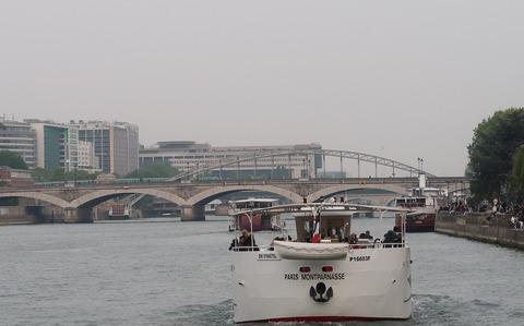 P13オステルリッツ橋とメトロ橋201905