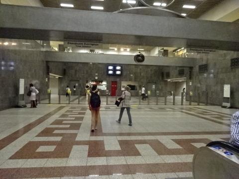 アテネMTシンタグマ駅構内風景201509 (3)