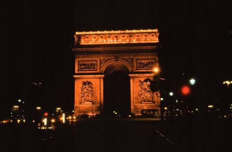 凱旋門の夜1988年8月補正